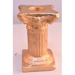 Candelabro dorado de cerámica