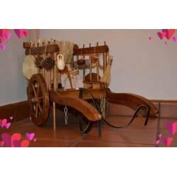 Carro Antiguo con complementos realizado a mano con dos baras