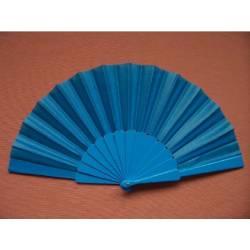 Abanico de plástico y tela del mismo color