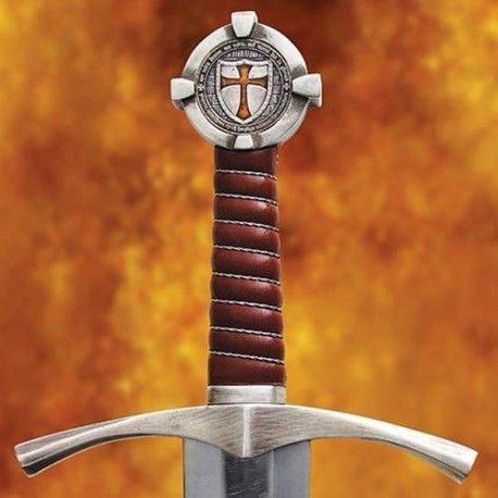 Espada Accolade